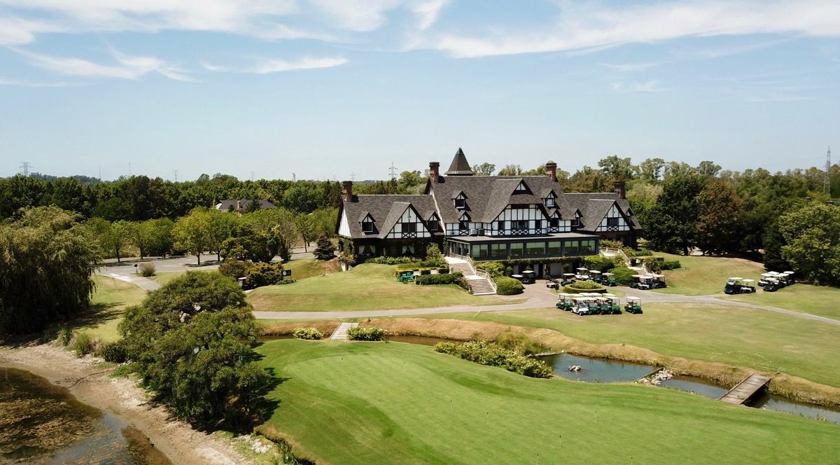 Buenos Aires GC clubhouse