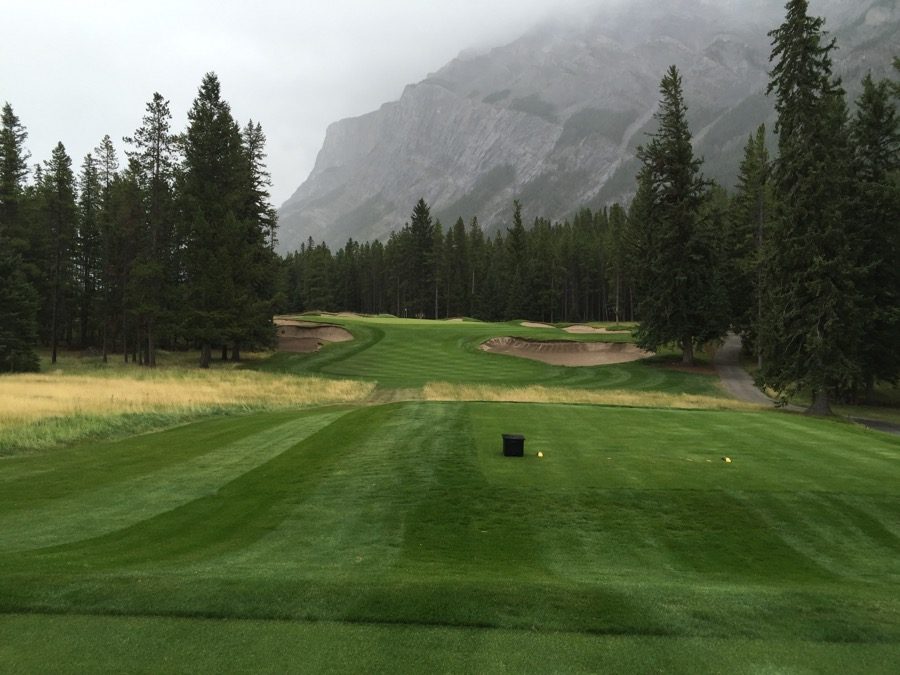 The par 3 second hole at Banff Springs GC