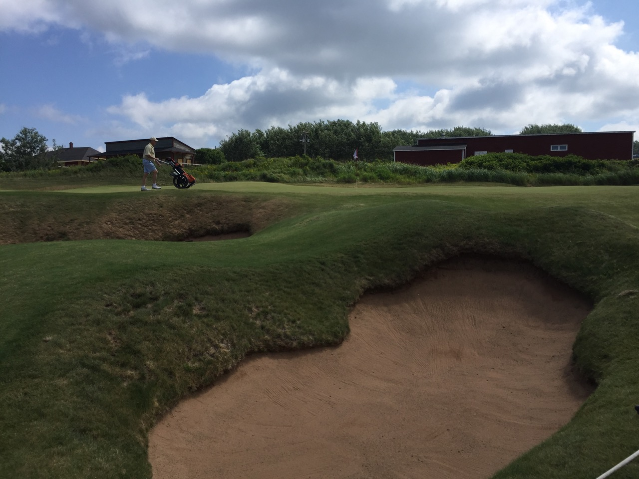 Cabot Links- hole 4 bunkers