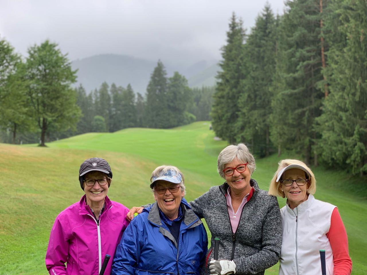 Adamstal: Wallerbach course- Jan, Bridget, Sue, Helen