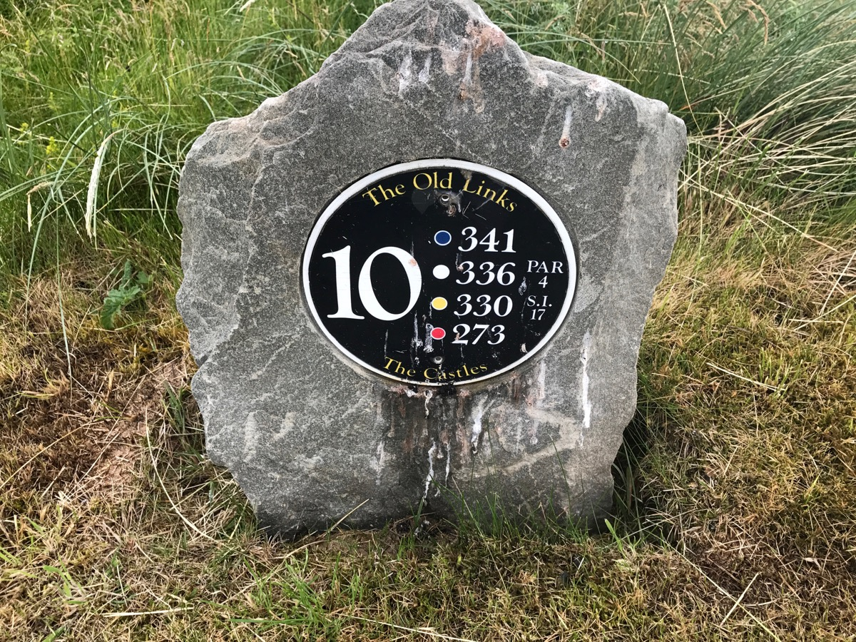 Ballyliffin Old Links- hole10 tee sign