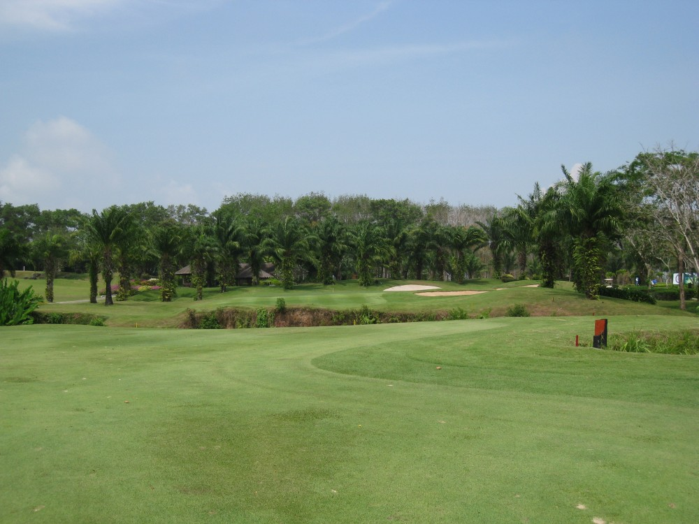 Blue-Canyon-Country-Club-Lakes-Course-005