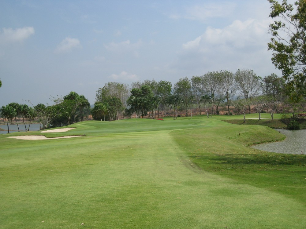 Blue-Canyon-Country-Club-Lakes-Course-007