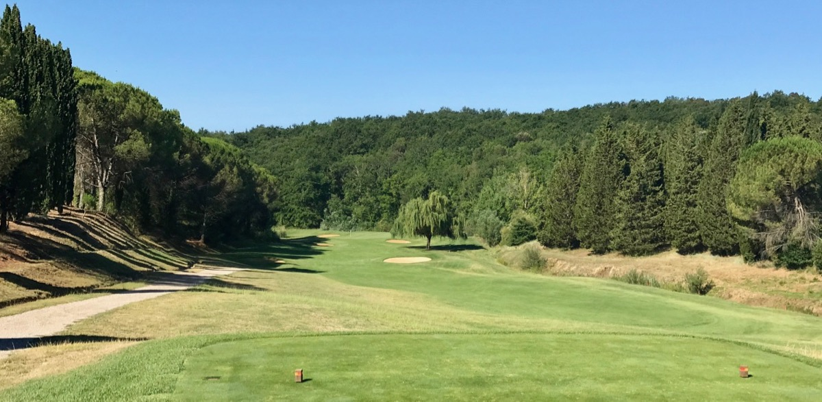 Castelfalfi- the short tight par 4 fourth hole
