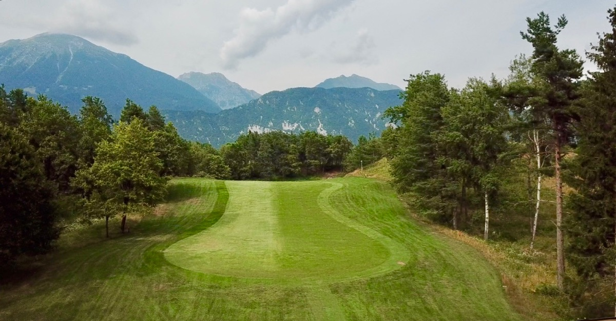 Royal Bled Lakes Course hole 3