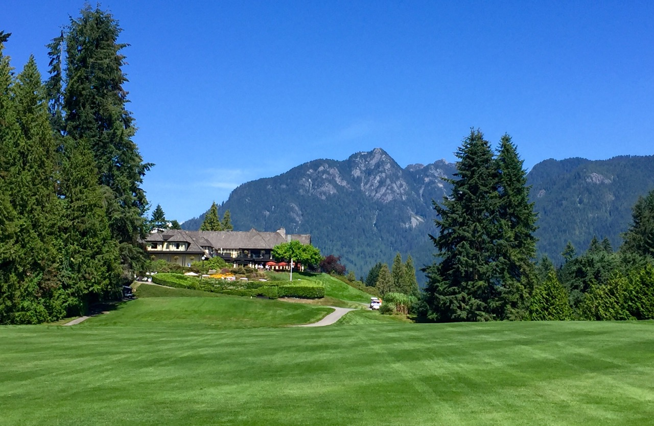 Capilano G & CC- first tee & clubhouse