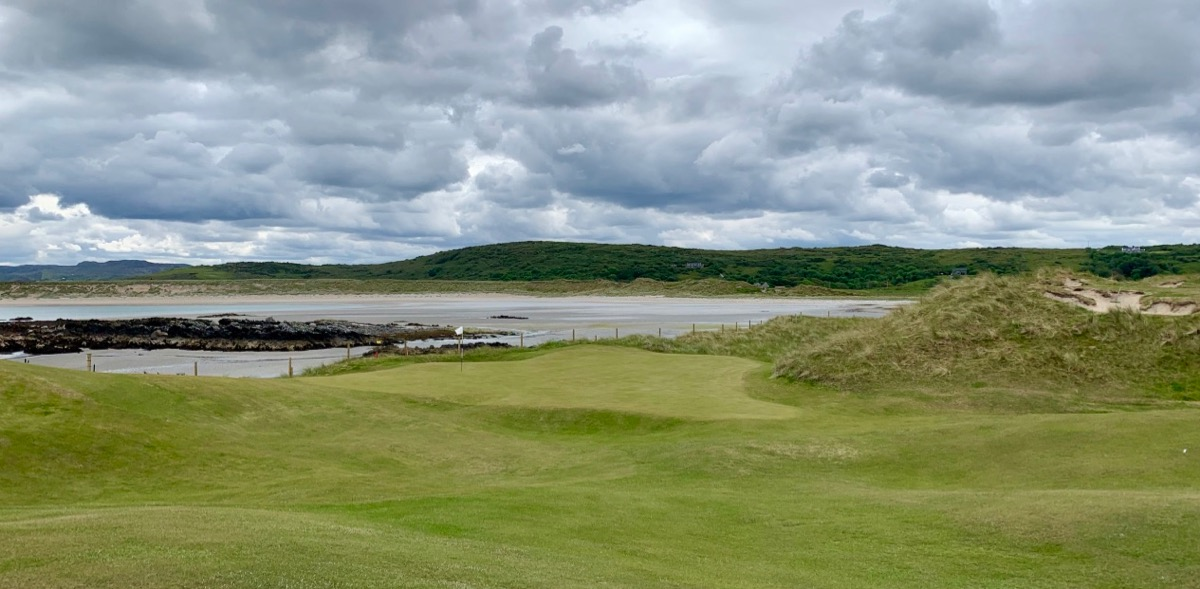 Narin Portnoo- hole 8 green