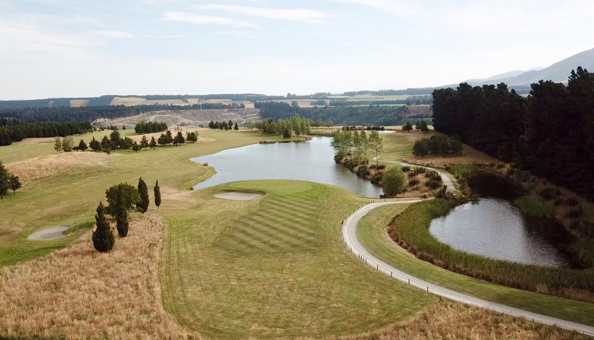 Terrace Downs High Country Resort- hole 10