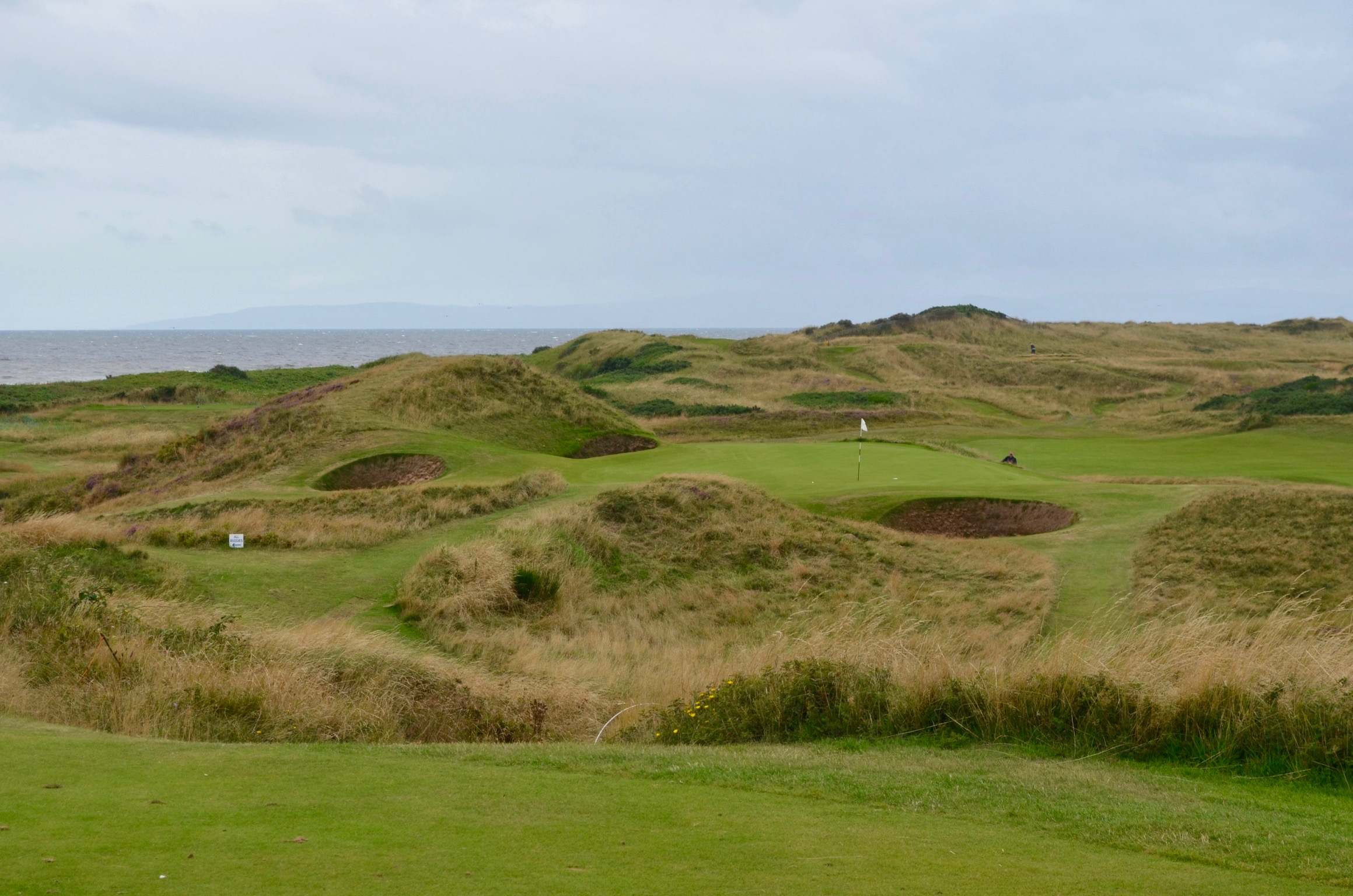 Royal Troon GC- Hole 8: 'The Postage Stamp'