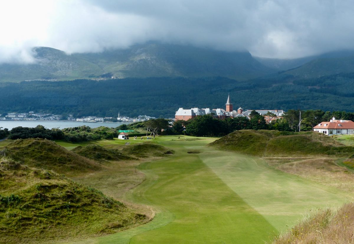 ROYAL COUNTY DOWN 9TH HOLE