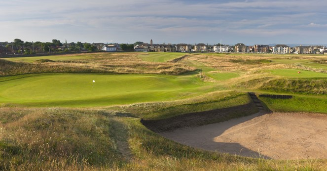 Prestwick GC- hole 17 'the Alps'
