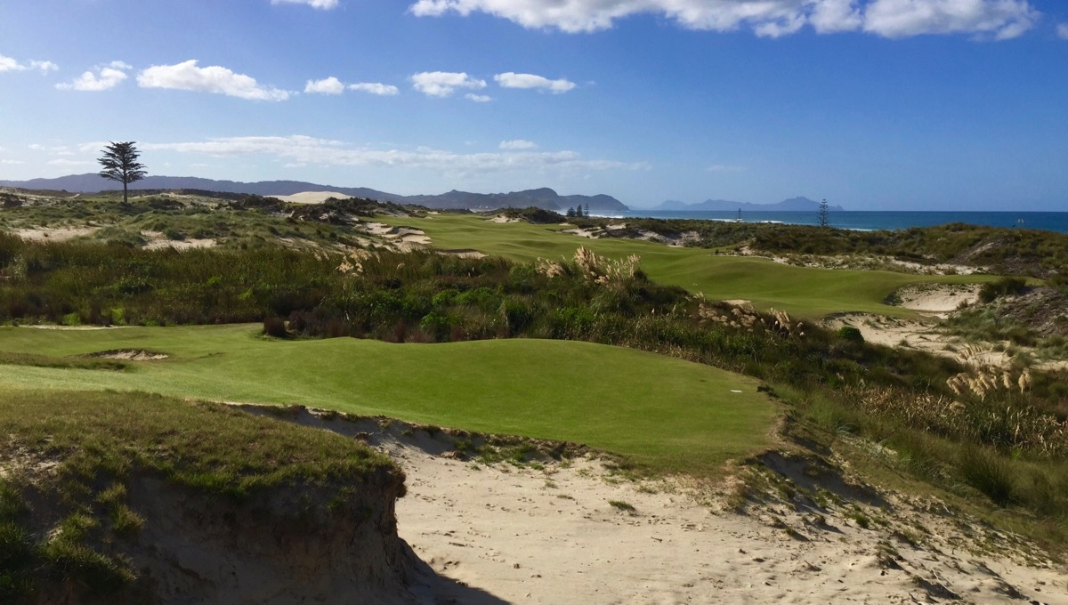 Tara Iti- the gorgeous 6th hole