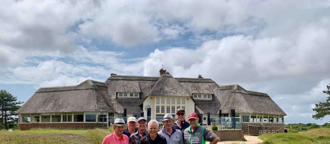 Kennemer GC-clubhouse & group
