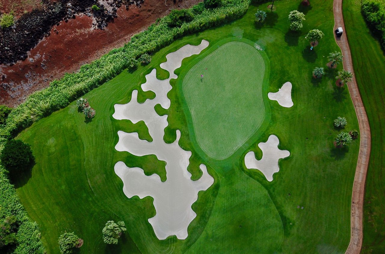 The Club at Kukui'ula-  hole 12 green from on high