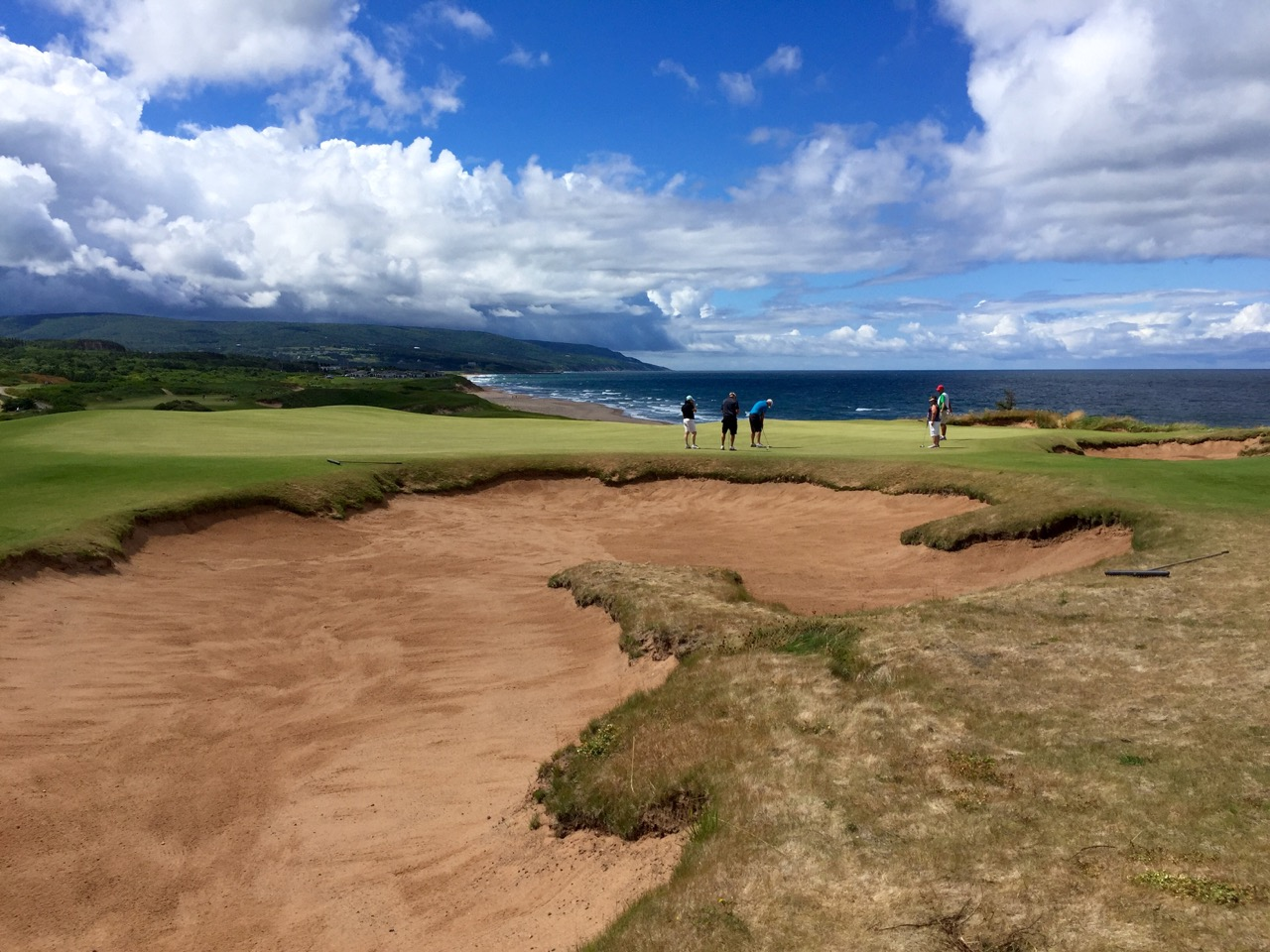 Cabot Cliffs GC- hole 9