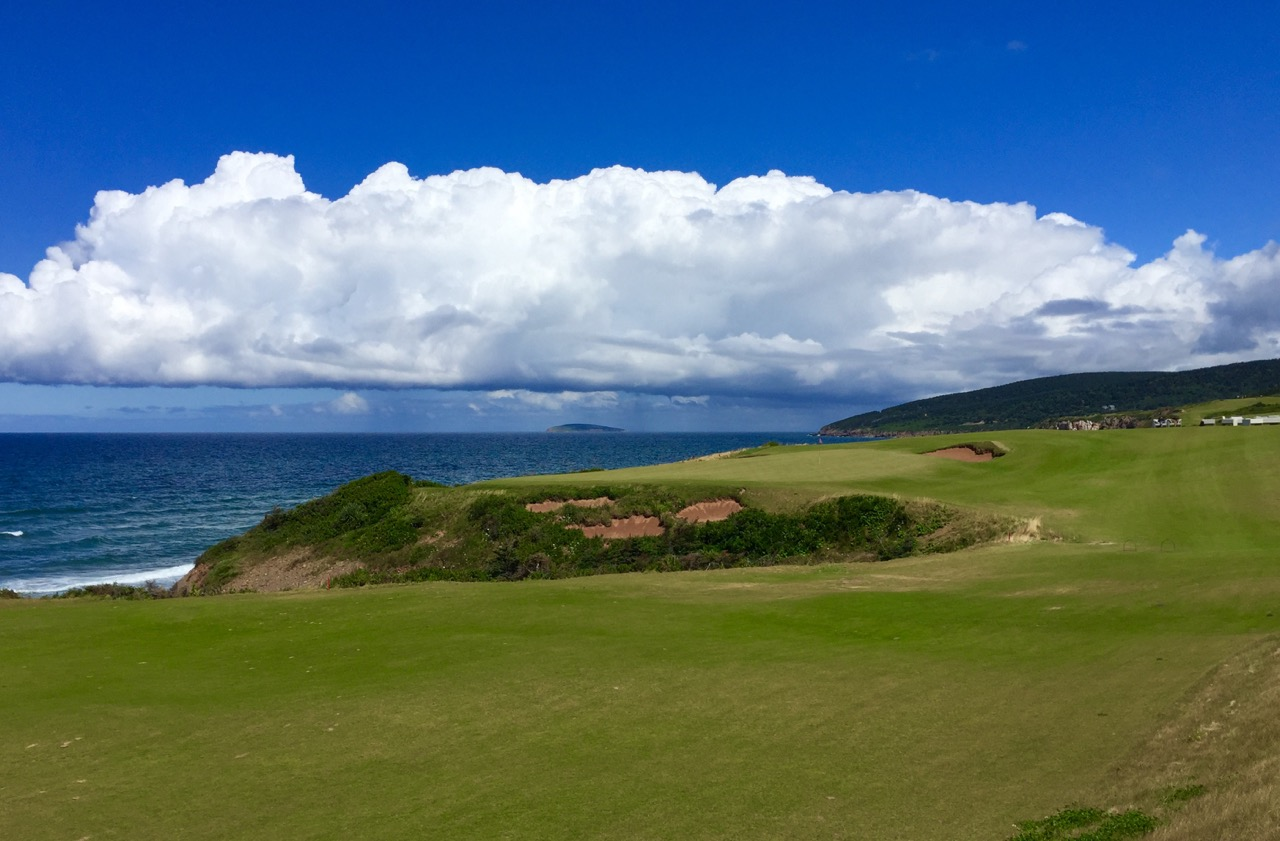 Cabot Cliffs GC- hole 10