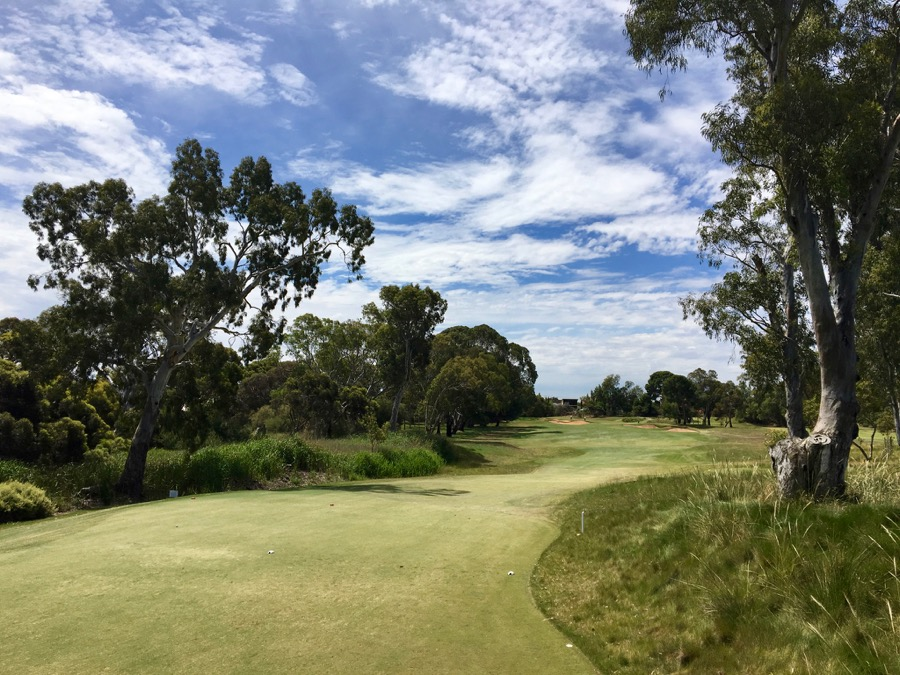 The short par 4 fifth hole at Kooyonga GC