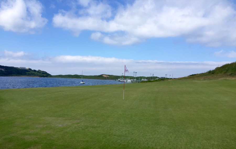 Cabot Links GC- hole 6 green