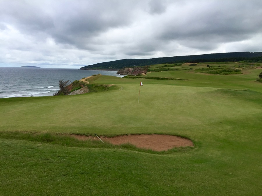 Cabot Cliffs GC- hole 18