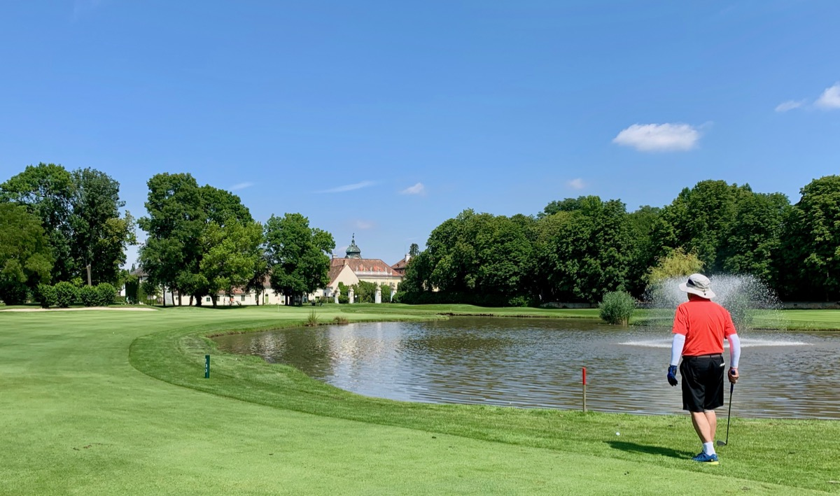 Golf Club Schloss Schonborn- hole 6