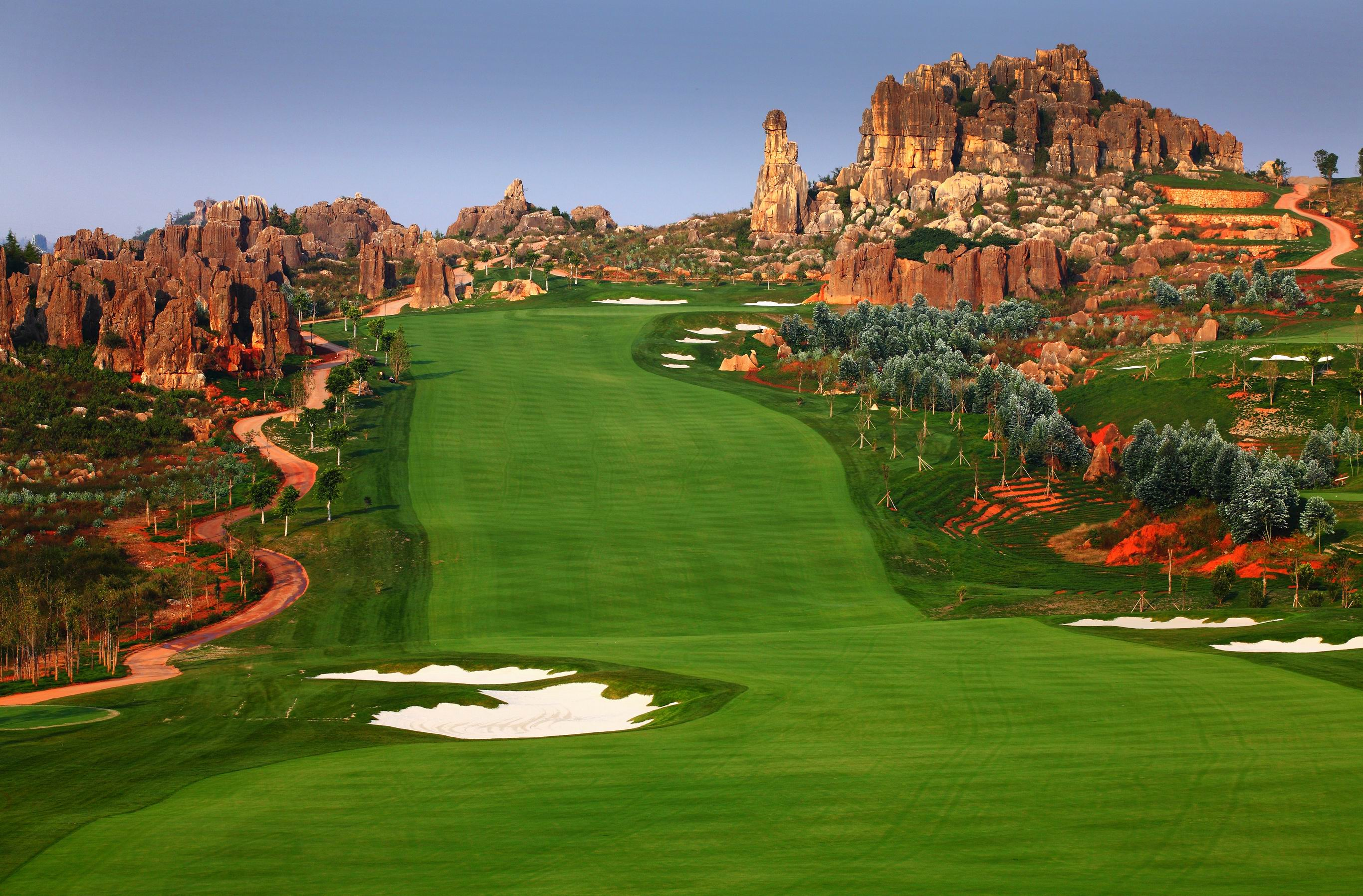 Stoneforest International Golf Resort- Course B- hole 10